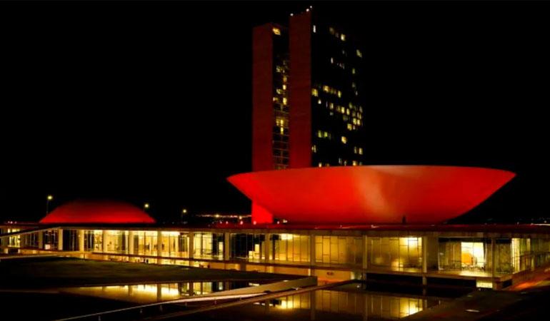 Cúpulas Do Congresso Nacional Recebem Iluminação Especial Até A Próxima Quinta-feira (13)